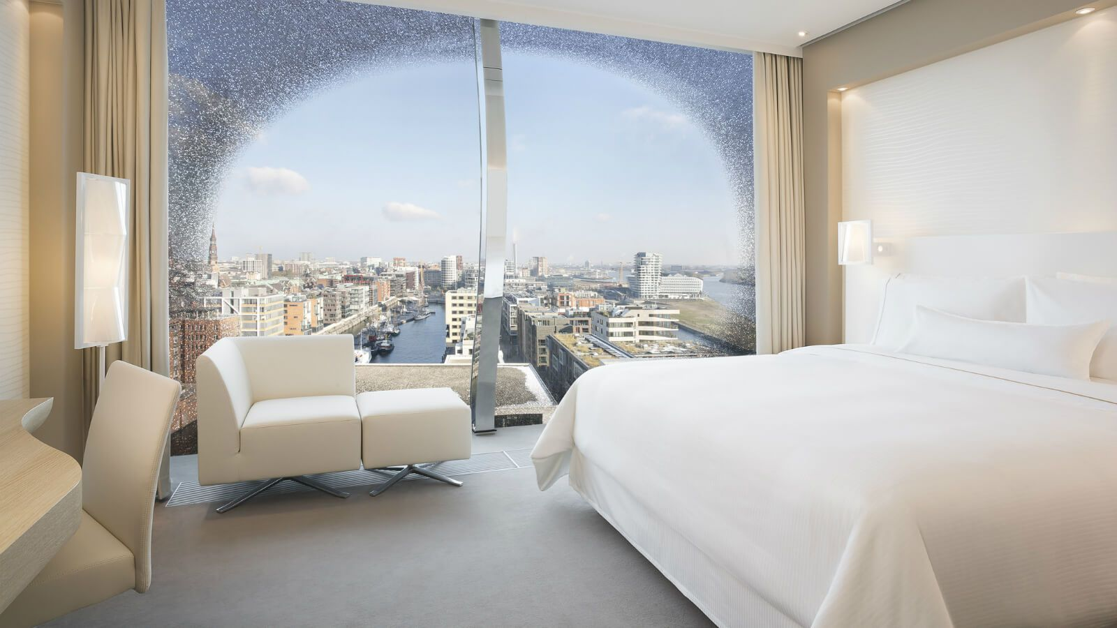 The Westin Hotel Hamburg - Deluxe City Panorama Room
